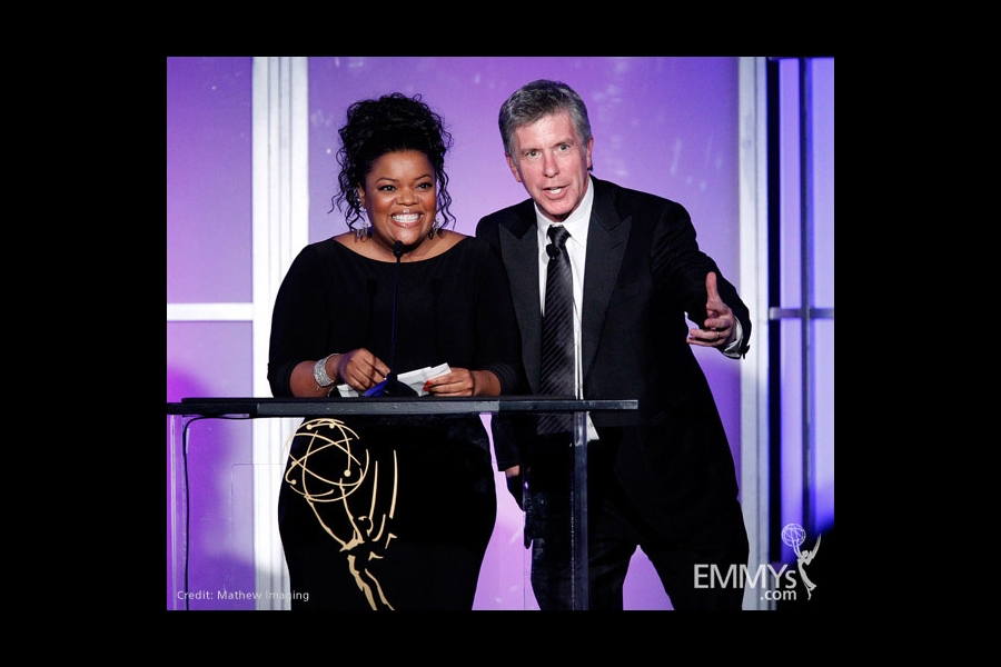 Yvette Nicole Brown and Tom Bergeron at the 31st College Television Awards