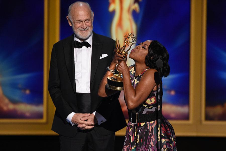 Gerald McRaney and Tichina Arnold
