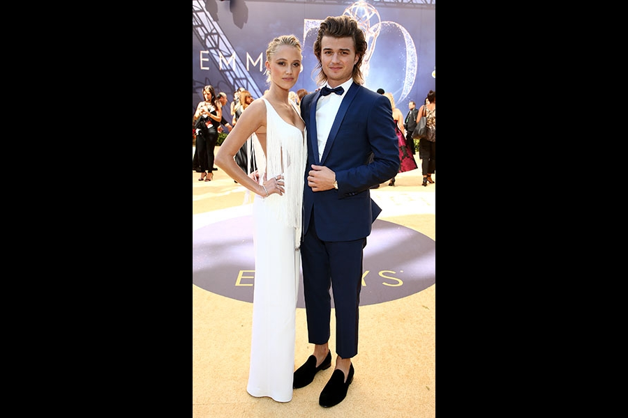 Maika Monroe and Joe Keery
