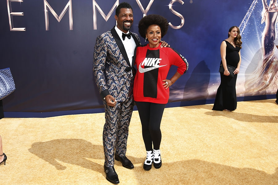 Deon Cole and Jenifer Lewis